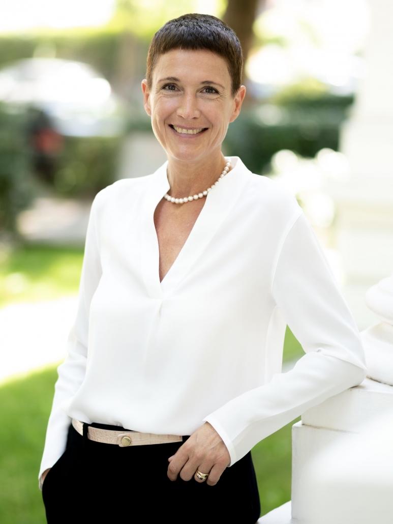 Sabine fb Lueder ist Publisher & Kreative